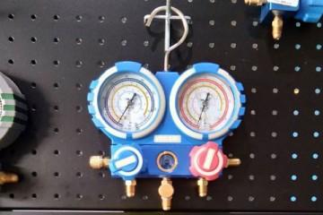 เกจ์วัดน้ำยาเเอร์ แบบชุดพร้อมสาย 48 นิ้ว 3 เส้น+ตาเเมว ยี่ห้อ VALUE