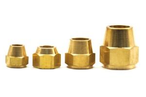 แฟร์นัททองเหลือง หลายขนาด ใช้เชื่อมต่อท่อทองแดง